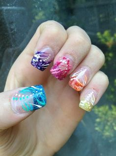 -RaInBoW gLiTtEr TiPs-great pedicure idea..big toe.