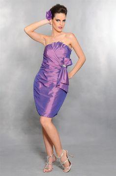 Vestido curto em tafetá drapeado com broche lateral. Cod. 7028   #zumzum #zumzumfesta #vestido #festa #vestidodefesta #dress #partydress