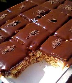 121451327 421792252554578 6028042688552091535 n Greek Sweets, Greek Desserts, Cold Desserts, Sugar Free Desserts, Frozen Desserts, Sweets Recipes, Cake Recipes, Snack Recipes, Greek Cake