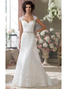 BEAUTIFUL A-LINE SWEETHEART CAP SLEEVE BUTTONS SWEEP/BRUSH TRAIN APPLIQUES LACE BRIDAL GOWN WITH BEADED SASH/BELT/ROBBIN