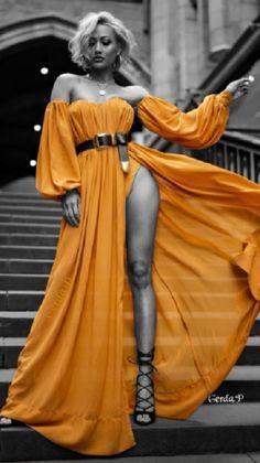Splash Photography, Photography Poses, Fashion Photography, Look Fashion, Girl Fashion, Womens Fashion, Black And White Colour, Orange Color, Color Splash