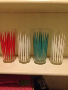 Vintage Harlequin Glasses Set of 4 Turquoise Red White by thetrendykitchen on Etsy