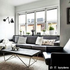 Hurra for fredag! Ha en super dag og helg #Repost @byrydens  Bazar Wall lamp is available also in white colour. A brilliant spot isn't it? #byrydens #passionforlight