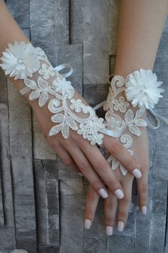 ivory wedding glove Bridal Glove ivory lace cuffs by UnionTouch