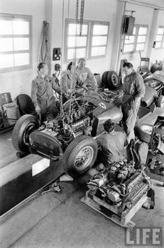 Lancia-Ferrari D50 - Lancia DS50 2,488 cc (152 cu in) 90° V8. Naturally aspirated, front-mounted. 1956 - In the Ferrari factory in Maranello, Italy, preparing for the 1956 Monaco Grand Prix