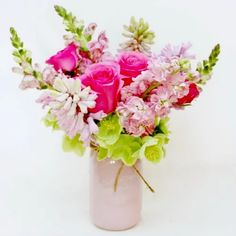 Flowers are not only beautiful and fragrant. Some flowers grow in one branch that make them look beautiful. And usually a bouquet of … Mom Pictures, Mothers Day Flowers, Growing Flowers, Colored Glass, Floral Arrangements, Mason Jars, Most Beautiful, Bouquet, Bloom