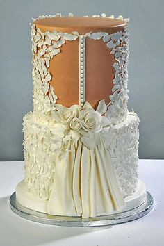 Why do we like wedding dress cakes? Check spectacular cake designs out here. Choose wedding dress cake for bridal shower from our collection! Beautiful Wedding Cakes, Gorgeous Cakes, Pretty Cakes, Cute Cakes, Amazing Cakes, Wedding Dress Cake, Wedding Dresses, Lace Wedding, Purple Wedding