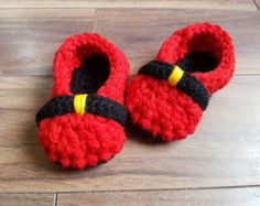 Toddler Size 3-4 Christmas Slippers, Christmas Gift, Ready to Ship, Baby Gift, Birthday Gift, House Shoes, Toddler Accessories