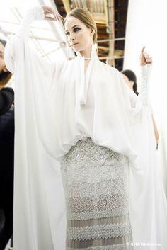 Stephane Rolland Haute Couture Spring/2013 backstage, Photo Douglas Bassett
