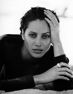 Peter Lindbergh, Christy Turlington, Little me, Harper's Bazaar, May 1993