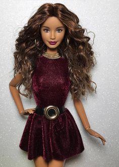 35.45.4/Barbiedollcoll Barbie Fashionista Dolls, Diva Dolls, Barbie Dolls, Outfits 2016, Edgy Outfits, Barbie Food, Barbie Dream, Barbie Collector, Barbie Friends