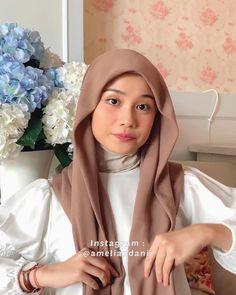 Hajib Fashion, Modern Hijab Fashion, Street Hijab Fashion, Muslim Fashion, Islamic Fashion, Stylish Hijab, Casual Hijab Outfit, Casual Outfits, Simple Hijab Tutorial