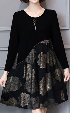 autumn gold floral patchwork knit dresses oversize long sleeve a line dressMost of our dresses are made of cotton linen fabric, soft and breathy. loose dresses to make you comfortable all the time. Makes you look sli Plus Size Short Dresses, Winter Shorts, Long Sleeve Short Dress, Plus Size Shorts, Cotton Linen, Cotton Dresses, Knit Dress, Fashion Dresses, Autumn
