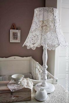 Lámpafelújítás: csipkével díszített lámpabura | Életszépítők