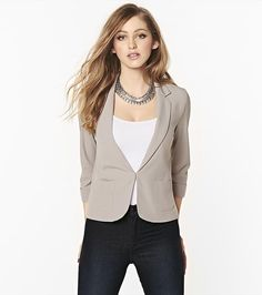 Dress up your look with this basic crepe girlfriend blazer! Pair it with a graphic tee and jeans for a casual look!