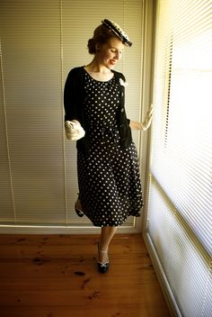 Outfit post: black and white polka dots Black Polka Dot Dress, Polka Dots, Fall Winter Outfits, Outfit Posts, Black And White, How To Wear, Vintage, Shopping, Dresses