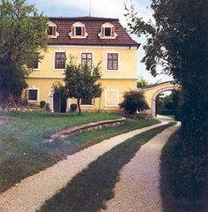 Pongrácz kastély Palóznak Palaces, Homeland, Castles, Mansions, House Styles, Witches, Gardening, Bruges, Palace