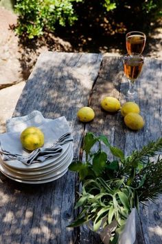 mediterraneanfeel: Casa Belquis by photographer Adriano Bacchella …on Filicudi island, Aeolian archipelago, Sicily, Italy Elsie De Wolfe, Fresco, Palmiers, Mediterranean Sea, Country Life, French Country, Outdoor Dining, Summertime, Sweet Home