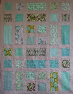 Linda's Quiltmania: easy modern quilt to show off a favourite fabric range perhaps