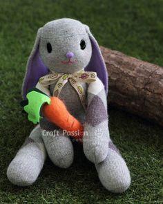 Riciclo calzini come fare un pupazzo coniglietto