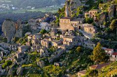 Pentedattilo, Calabria, Italy worldcycleclub.com