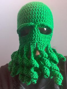 How to crochet an octopus mask. RedHeart yarn 8oz will do with a bit extra to spare ya Hook 5.50 mm (I) I also have the written pattern at: http://www.ravelr...