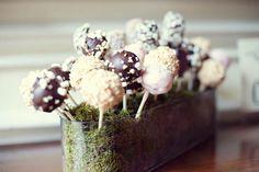 wedding cake pops in moss, LOVE LOVE LOVE