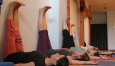 Yoga for insomnia. How yoga can help insomnia. How yoga and meditation help with sleep and insomnia. Yoga poses to help with insomnia. Fitness Routines, Fitness Tips, Health Fitness, Fitness Exercises, Health Club, Yoga Restaurativa, Wall Yoga, Legs Up The Wall, Le Pilates