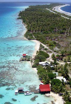 Kite Aerial Photography of Fakarava in the Tuamotus, French Polynesia. UNESCO Biosphere ✯ ωнιмѕу ѕαη∂у