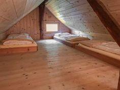 Bergchalet in traumhafter Lage - Kärnten Österreich Hardwood Floors, Flooring, Outdoor Furniture, Outdoor Decor, Bed, Home Decor, Home Decor Ideas, Decorating Ideas, Houses