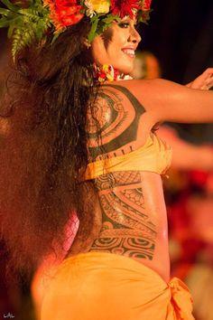 Ori Tahiti at the Heiva. ( Toata Place ) #polynesian #tattoo