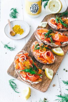Are you interested in paleo vegan recipes? Then you have arrived at the right place! Easter Dinner Recipes, Lunch Recipes, Vegan Vegetarian, Vegetarian Recipes, Healthy Recipes, Vegan Food, Savory Snacks, Vegan Snacks, Scandinavian Food