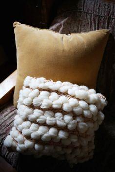DIY Woven Pillow @colleenmcgowan