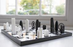 ロンドンの有名建築たちがチェスに変身!【Skyline Chess】