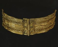 Gold bracelet, Roman with Greek and Celtic elements, ca. 150 A.D., excavated at Rhayander, Powys, Wales; 18.7 cm wide; private collection, United Kingdom.