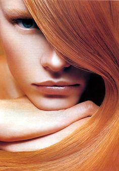 Rajoutez de la couleur à vos cheveux. Laissez nous vous guider et trouver la nuance de roux qui vous convient. Informez vous sur Mycouleur.com