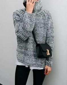 Street-Style-Grey-Sweater-Turtle-Neck-Bag