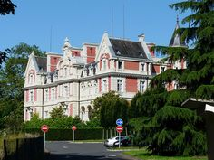 Château Magne ►► http://www.frenchchateau.net/chateaux-of-aquitaine/chateau-magne.html?i=p
