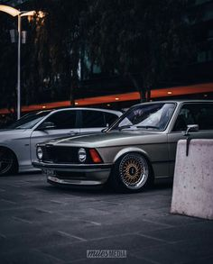 with my favourite Bmw E21, E30, Bmw Classic Cars, Bmw Love, Bmw 2002, Bmw 3 Series, Dream Cars, Motors, Art Drawings
