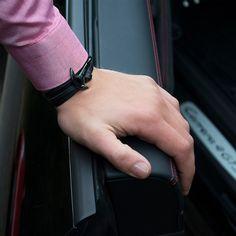 Elegant and minimalistic - The Black on Black Anchor Series bracelet by Obelizk. Get it at www.obelizk.com #obelizk_bracelets #obelizk #menstyle #mensfashion #armband #watchporn #watch #watches #Bracelet #Jewelry #Hublot #RichardMille #AudemarsPiguet #Rolex #Cartier #UlysseNardin #Hermes #LouisVuitton #Watches #Fashion #Design #TheBillionairesClub #WatchAnish #Tourbillon #Snapchat