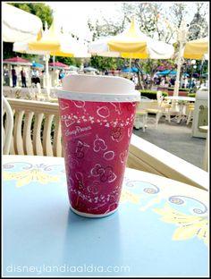 ¡Starbucks llega a Disney California Adventure! - Disneylandia al Día™ Disney California Adventure, Starbucks, Tableware, Disneyland, Dinnerware, Tablewares, Dishes, Place Settings