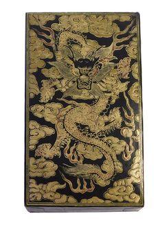 Chinese Oriental Golden Dragon Graphic Box cs1872S