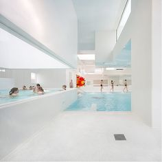 omg want this indoor pool in my house! great for pool parties!