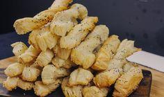 Salty Sticks Yummy Treats, Sticks, Garlic, Stuffed Mushrooms, Baking, Vegetables, Food, Stuff Mushrooms, Bakken