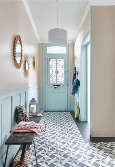 floor decorating ideas in living room floor decor also bathroom floor decor and kitchen floor decoration for the comfort of your dream home Home Staging, Home Decor Bedroom, Living Room Decor, Living Rooms, Tiled Hallway, Living Room Flooring, Hallway Decorating, Decorating Ideas, Home Decor Inspiration
