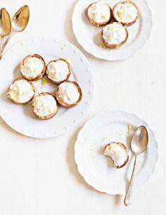 mini lemon cheesecake pies
