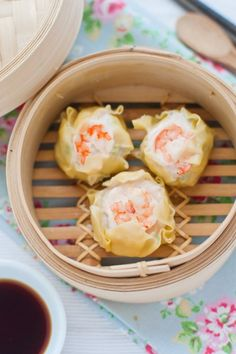 Prawn and Scallop Shumai Recipe. This authentic Chinese Taiwanese prawn and scallop shumai is a quick and easy dim sum that can be made at home.