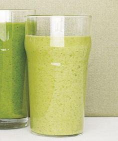 Kale Smoothie With Pineapple and Banana | The freshest, fastest way to get your veggies is in a smoothie. Try these easy tips and healthy recipes before mixing up a green drink.