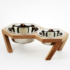 I am mso bummed that I missed this sale. I wish they'd bring it back. Wood & Steel Pet Bowls | dotandbo.com