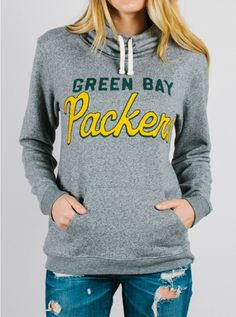 Junk Food Green Bay Packers Women's Steel Sunday Pullover Hoodie is available now at FansEdge. Green Bay Packers Sweatshirt, Green Bay Packers Fans, Nfl Green Bay, New England Patriots Apparel, New England Patriots Merchandise, 3d Prints, Cincinnati Bengals, Hoodies, Sweatshirts
